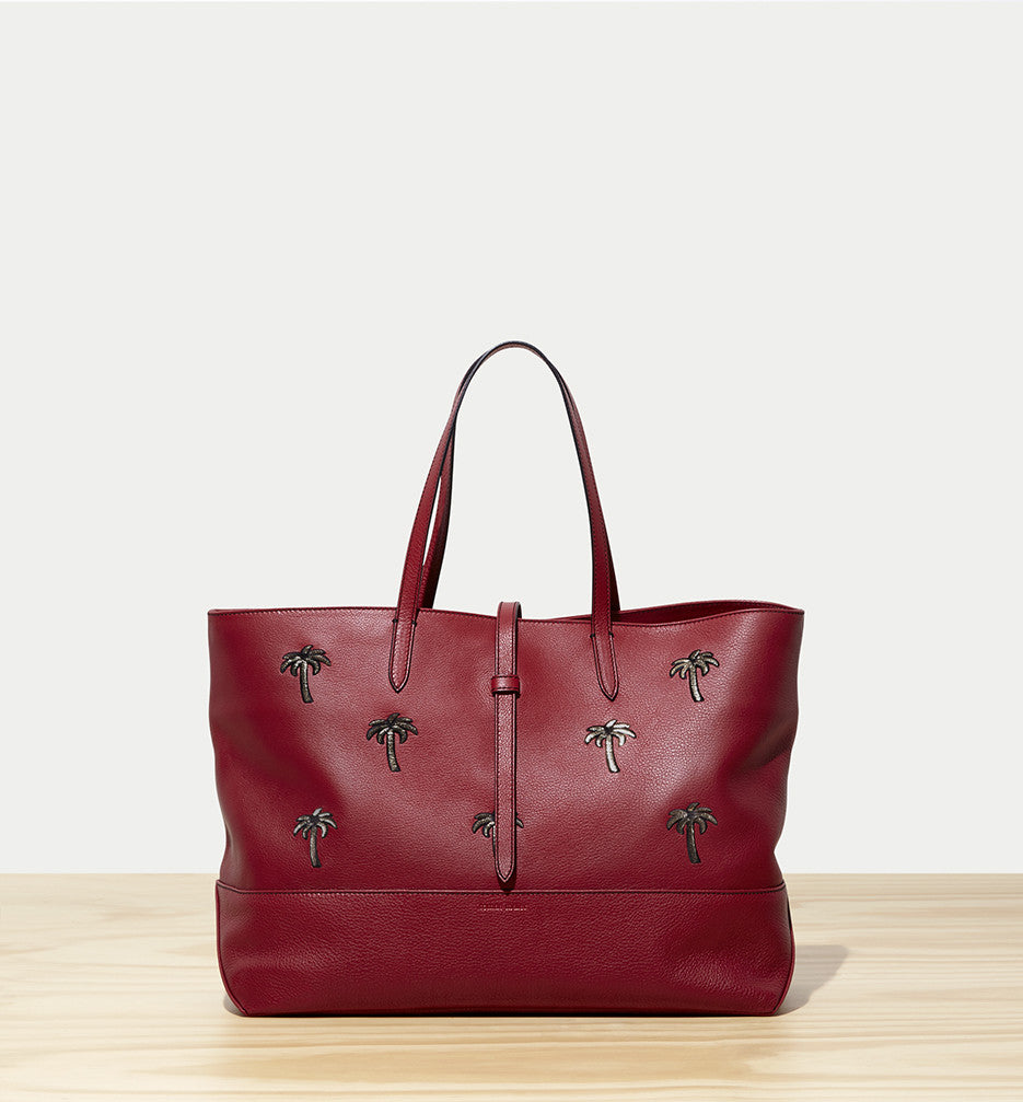 east-west tote