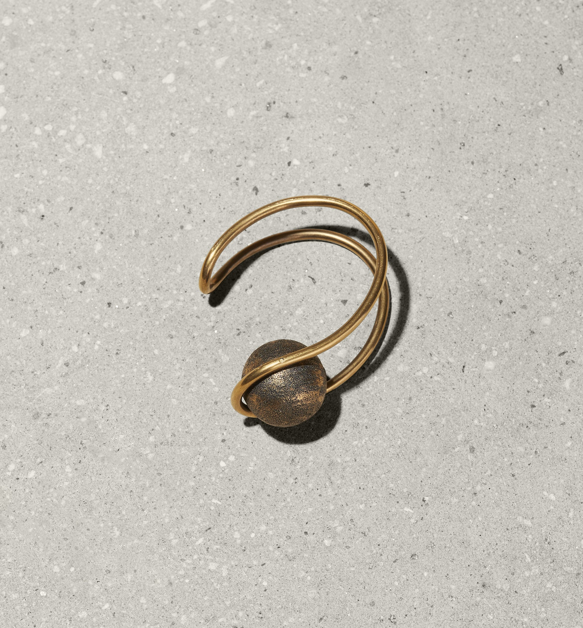 open sphere cuff
