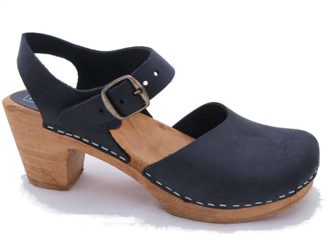 Dolly Clog: Black