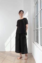 Hari Top in Black