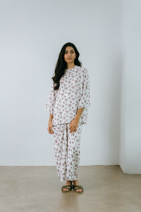 Raya Set in White Floral