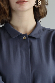 The Utility Shirt in Dusty Blue