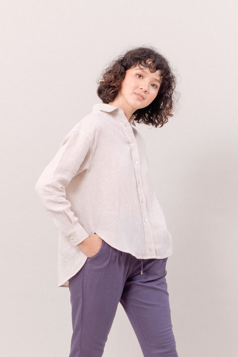 The Everyday Linen Shirt in Pebble
