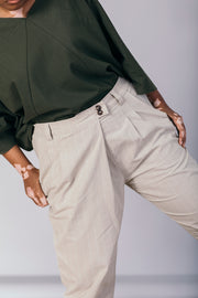 The Smarty Pant in Almond