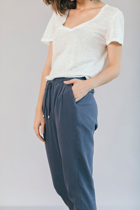 The Easygoing Jogger in Dusty Blue