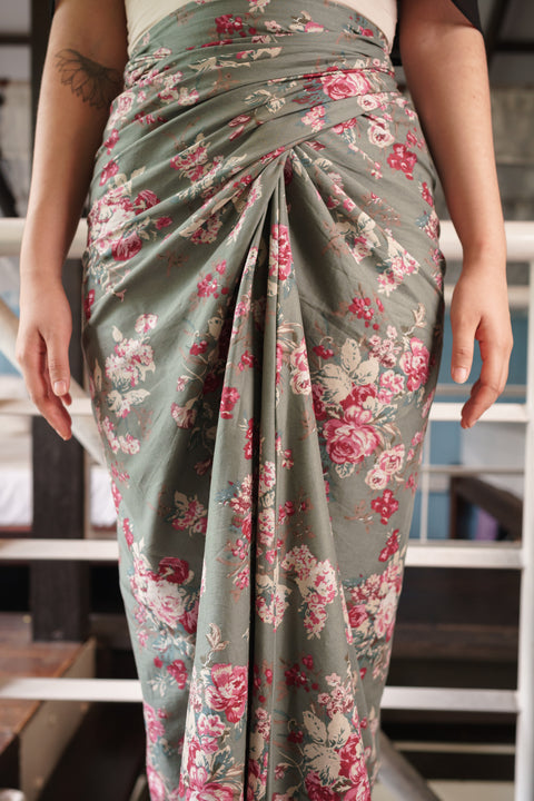 Chiller Knot Skirt in Green Floral