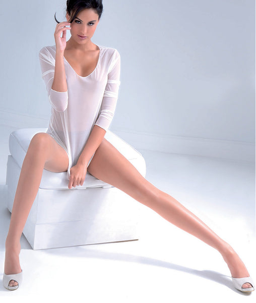 Very thin summer pantyhose, cosmetic effect. Invisible toe, thin waist band.  Completely sheer nylon pantyhose. Ultra sheer, 8 den, with comfortable cotton gusset to wear without panty.