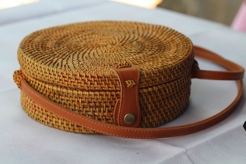 BAGN- Handwoven Round Rattan Crossbody Bags for Women. Natural Color