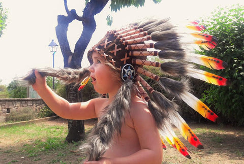PRICE REDUCED - N11- From 2-5 years Kid / Child's: 3 colors Indian Headdress 20,5 inch. – 52 cm