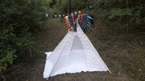 Big Teepee Tent White Lacy . Tipi Tent. 5 POLES INCLUDED