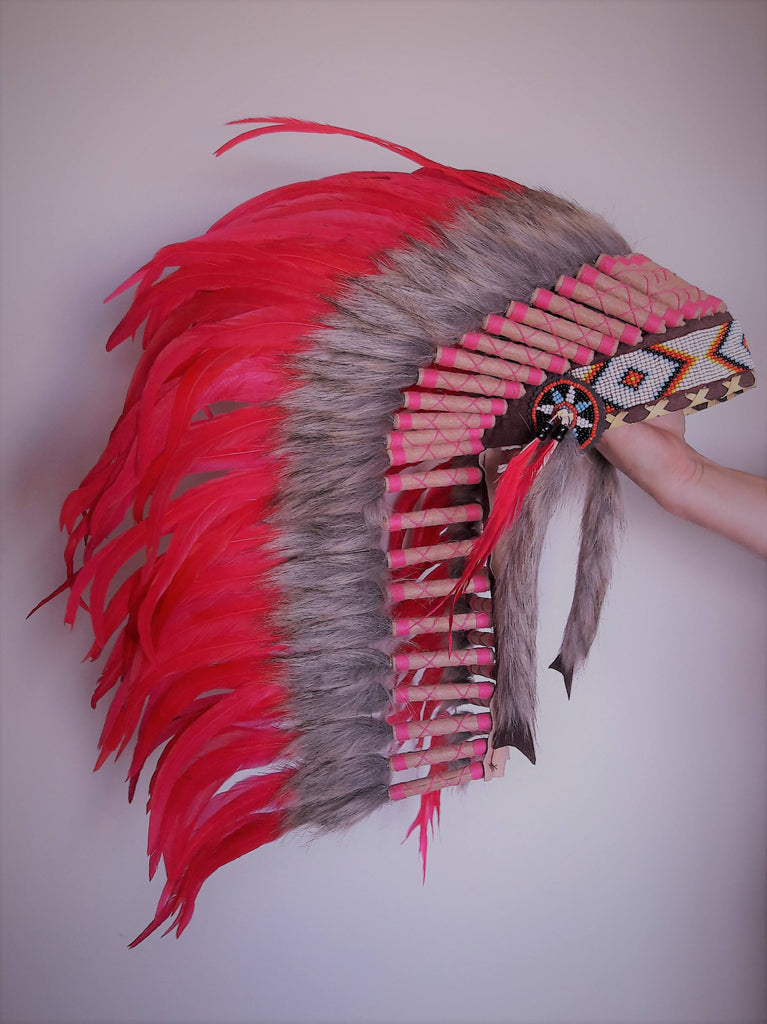 N28 - From 5-6  years Kid / Child's: Long Pink feather Headdress 21 inch. – 53,34 cm.