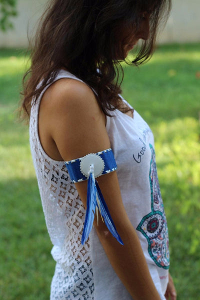 Arm Blue Band with blue feathers