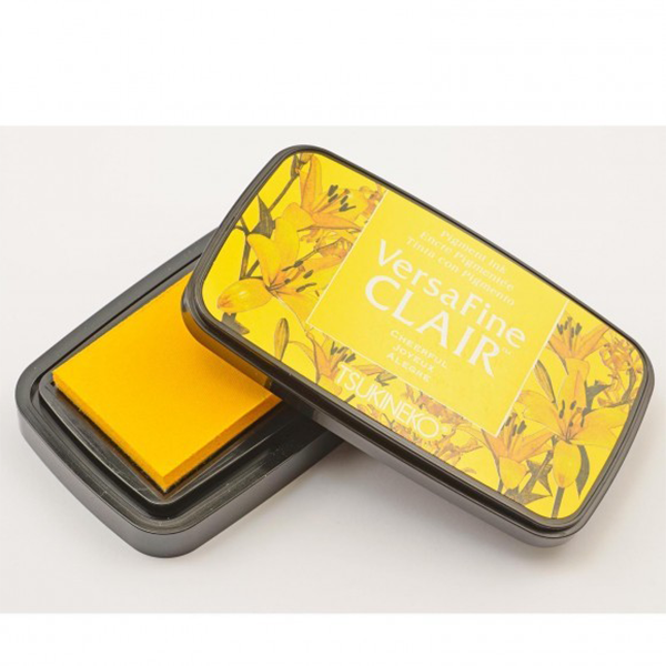 TSUKINEKO Versa Fine Claire Ink Pad - Cheerful Yellow (901) Quick-drying Oil-based Pigment Stamp Pad