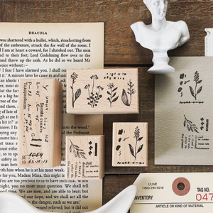 Pion - Boxed Floral Stamp Set