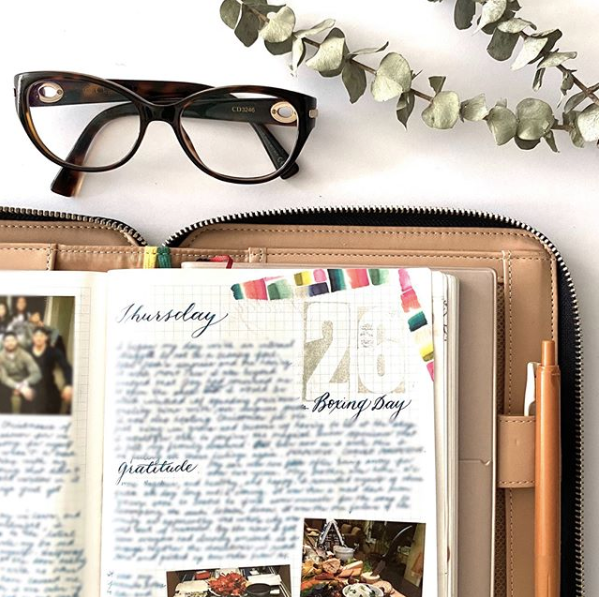 WEEKEND EDITION: Meetup for Journalers and Travelers Notebook Enthusiasts