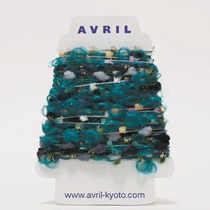 Avril Yarn Perakorn VP01025