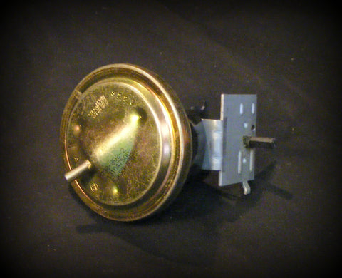 131047500 Frigidaire Washer Pressure Switch fits many models