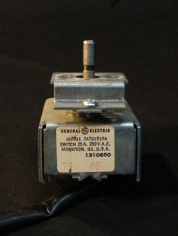 1310650 Whirlpool Vintage Range Oven Thermostat