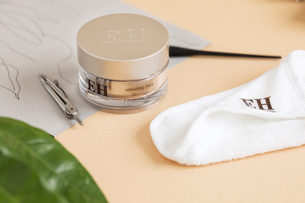 Emma Hardie: Moringa Cleansing Balm With Cleansing Cloth (Bálsamo Limpiador y Muselina)