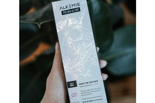 Alkemie: Don't Be Sh(y)iny Facial Cream (Crema facial reguladora)