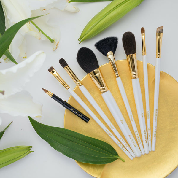 Mokuren - flat eyeshadow brush