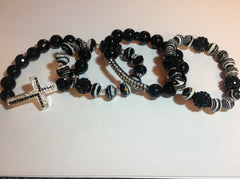 Black and White Set of Stretch Bracelets