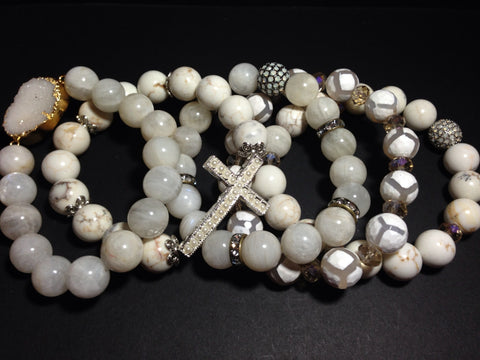 """Scandal"" White Bracelet Set"