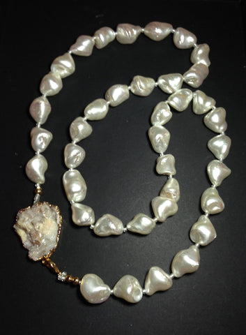 Pearl Necklace with Druzy Clasp