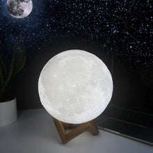 Load image into Gallery viewer, The Moon Lamp - Dreamer Jewels