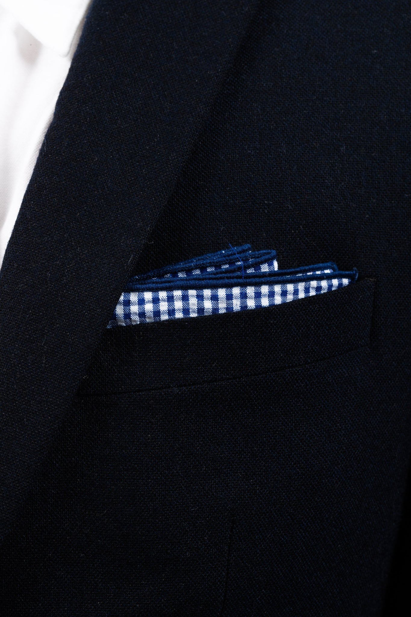 An ivy Pocket square Blue Checked Seersucker