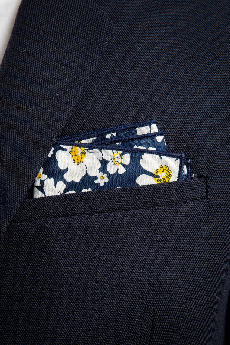 An ivy Pocket square The Flowery