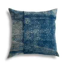 Load image into Gallery viewer, Vintage Nankeen Indigo Pillow 534, 22x22 in