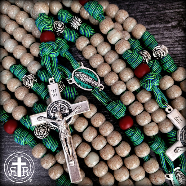 This is a stunning paracord rosary honoring the beautiful devotion to Our Lady of Guadalupe. Expertly made by Rugged Rosaries, the trusted source for Roman Catholic Gear since 2012.