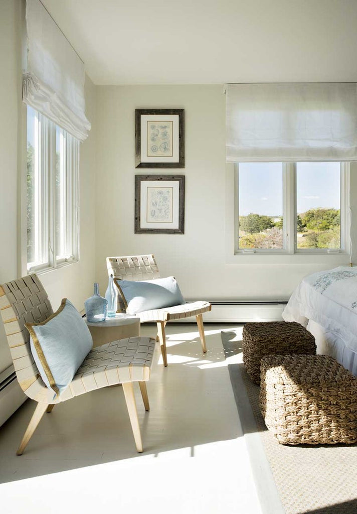 A Marthas Vineyard Bedroom Showcases Timeless Coastal Style from MV ID