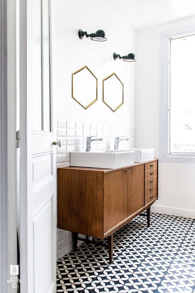 Hexagon Bathroom Mirrors - Geometric Decor Ideas & Inspiration
