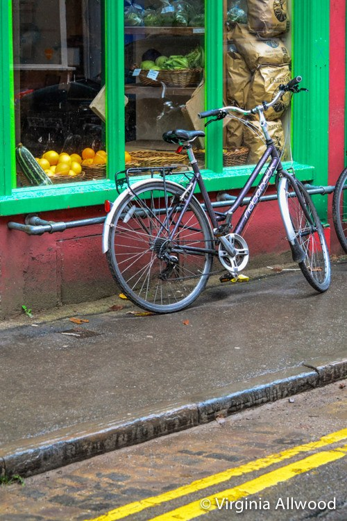 The Bicycle - Photographic Print by Nina Allwood