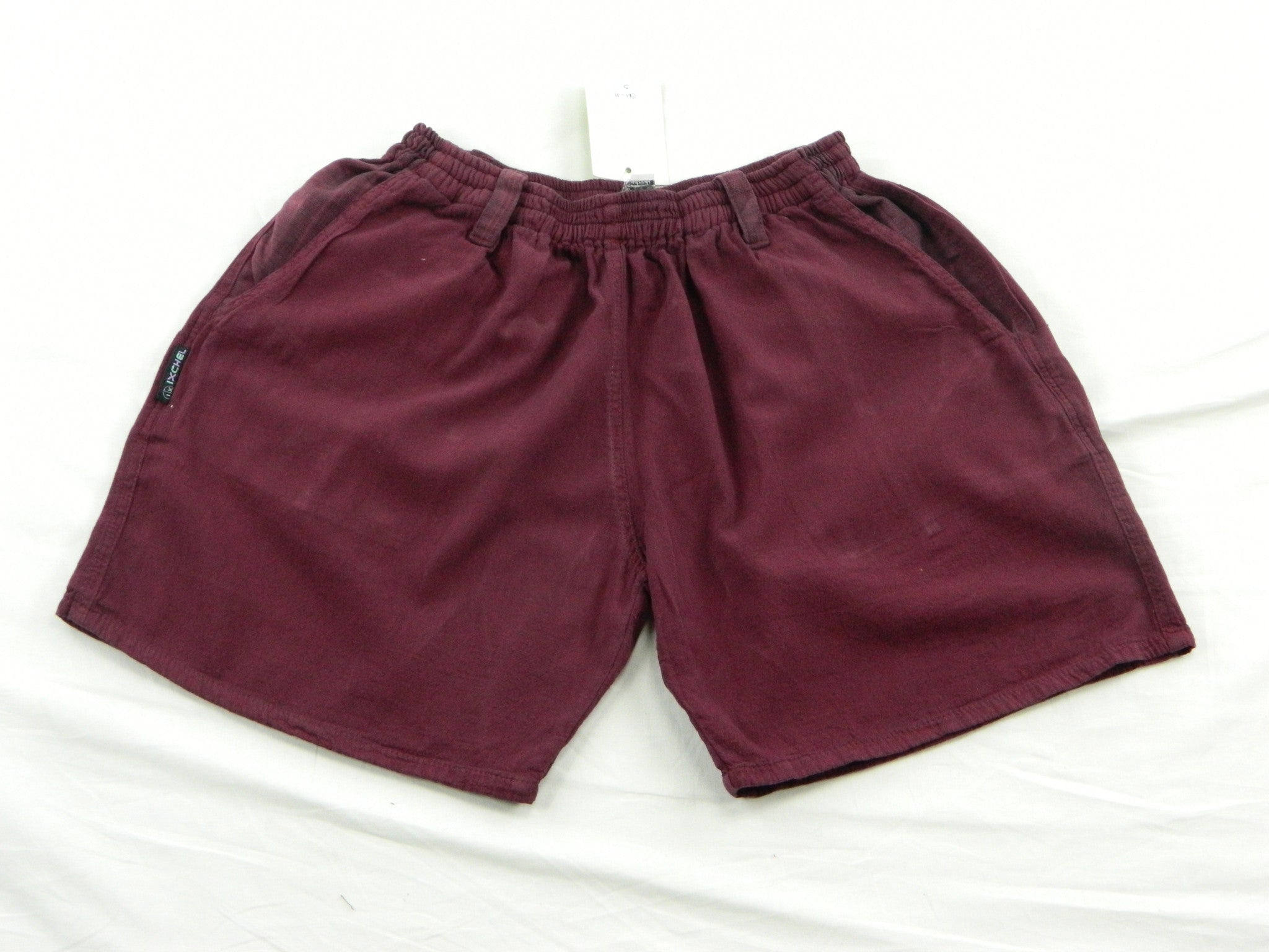 Women's shorts in garment dyed cotton short