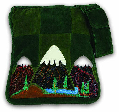 Patchwork shoulder bag with Mountain applique