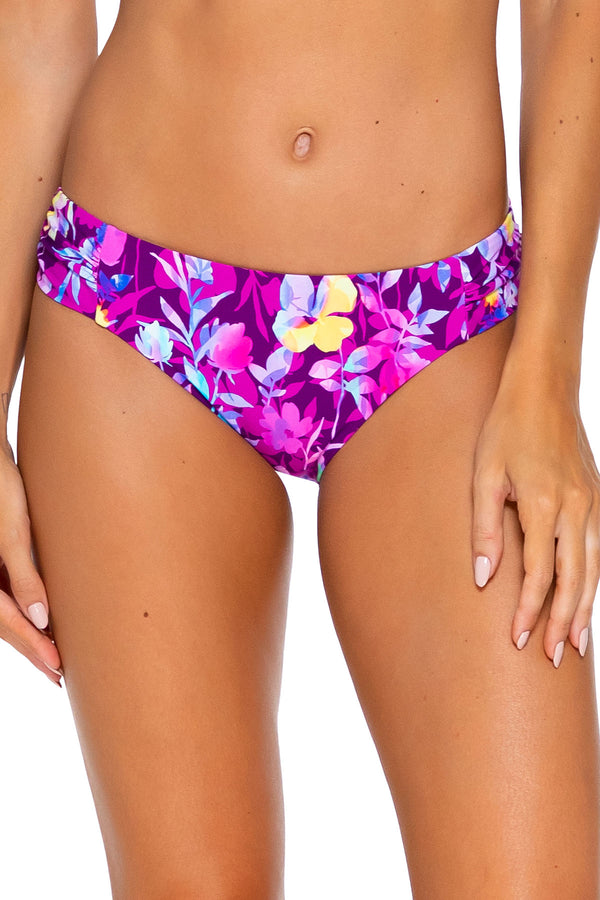 Sunsets Evening Blooms Femme Fatale Hipster Bottom