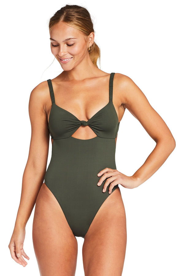 Vitamin A Forest EcoLux ™ Zuir One Piece Full
