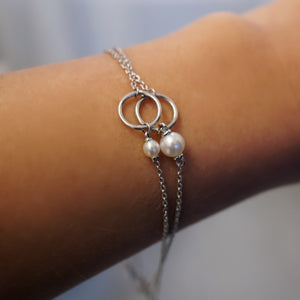 Small Pearl Charm Bracelet (Includes 1 diamond and 1 pearl)