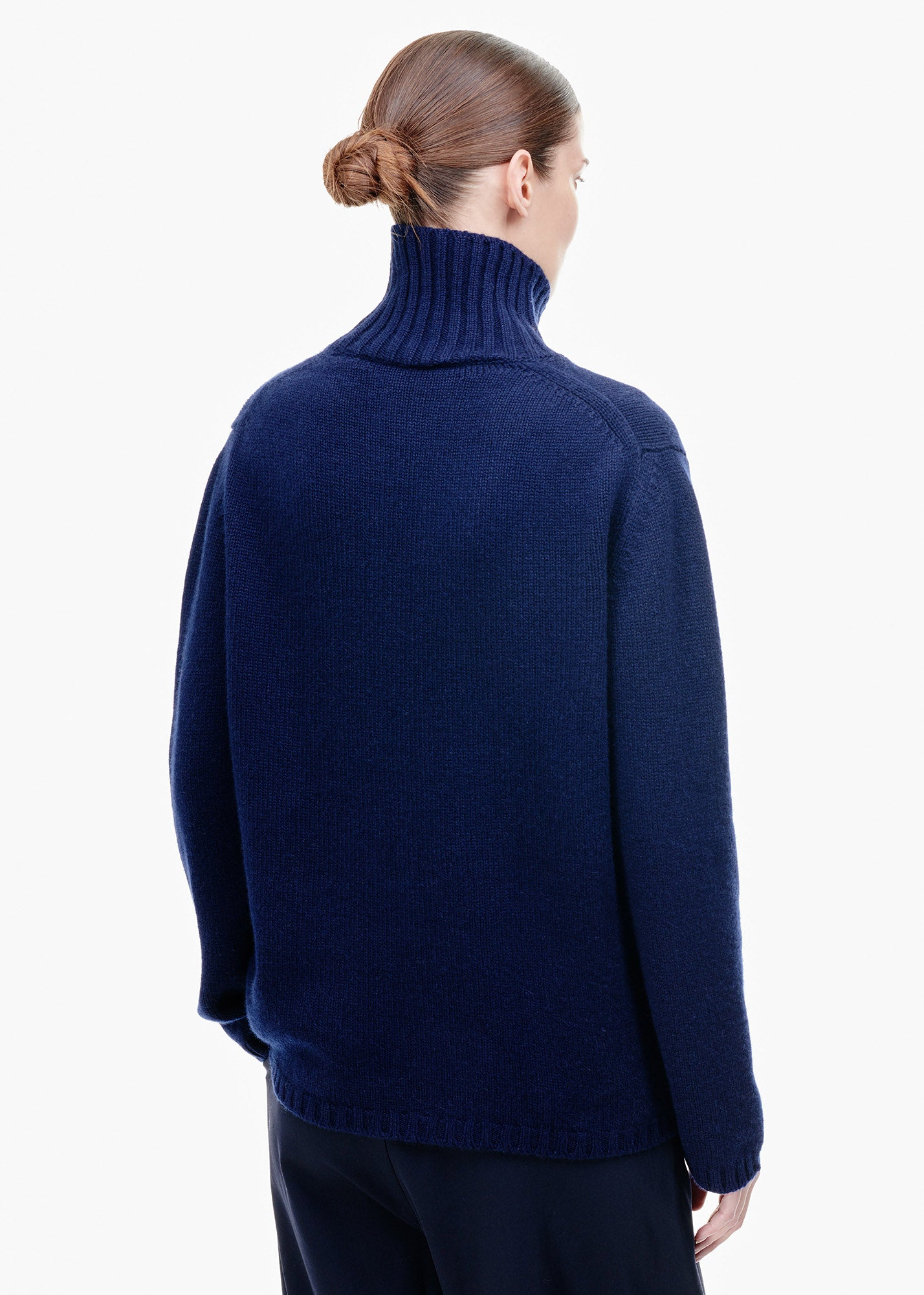 Roll Neck Cashmere Sweater Navy