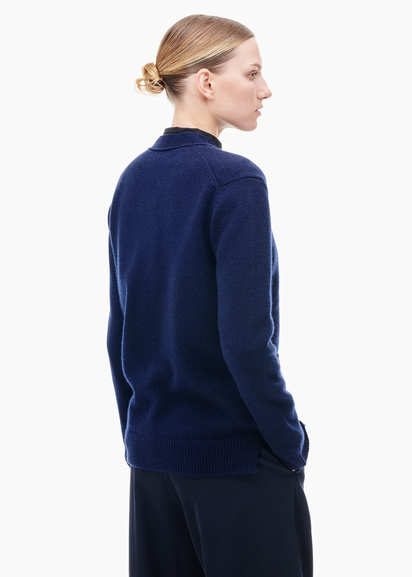 V-Neck Cashmere Cardigan Navy