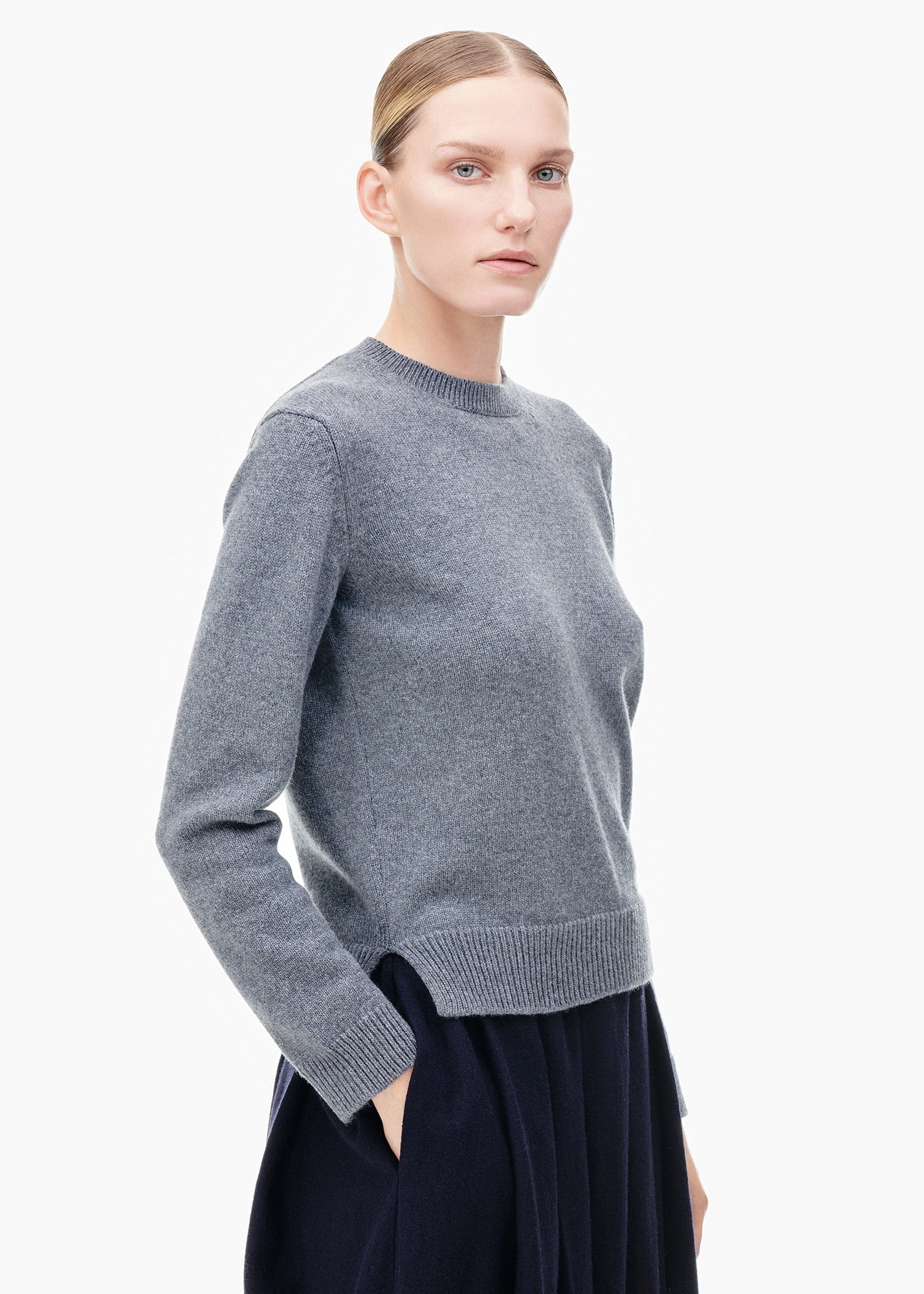Round Neck Cashmere Sweater Smog