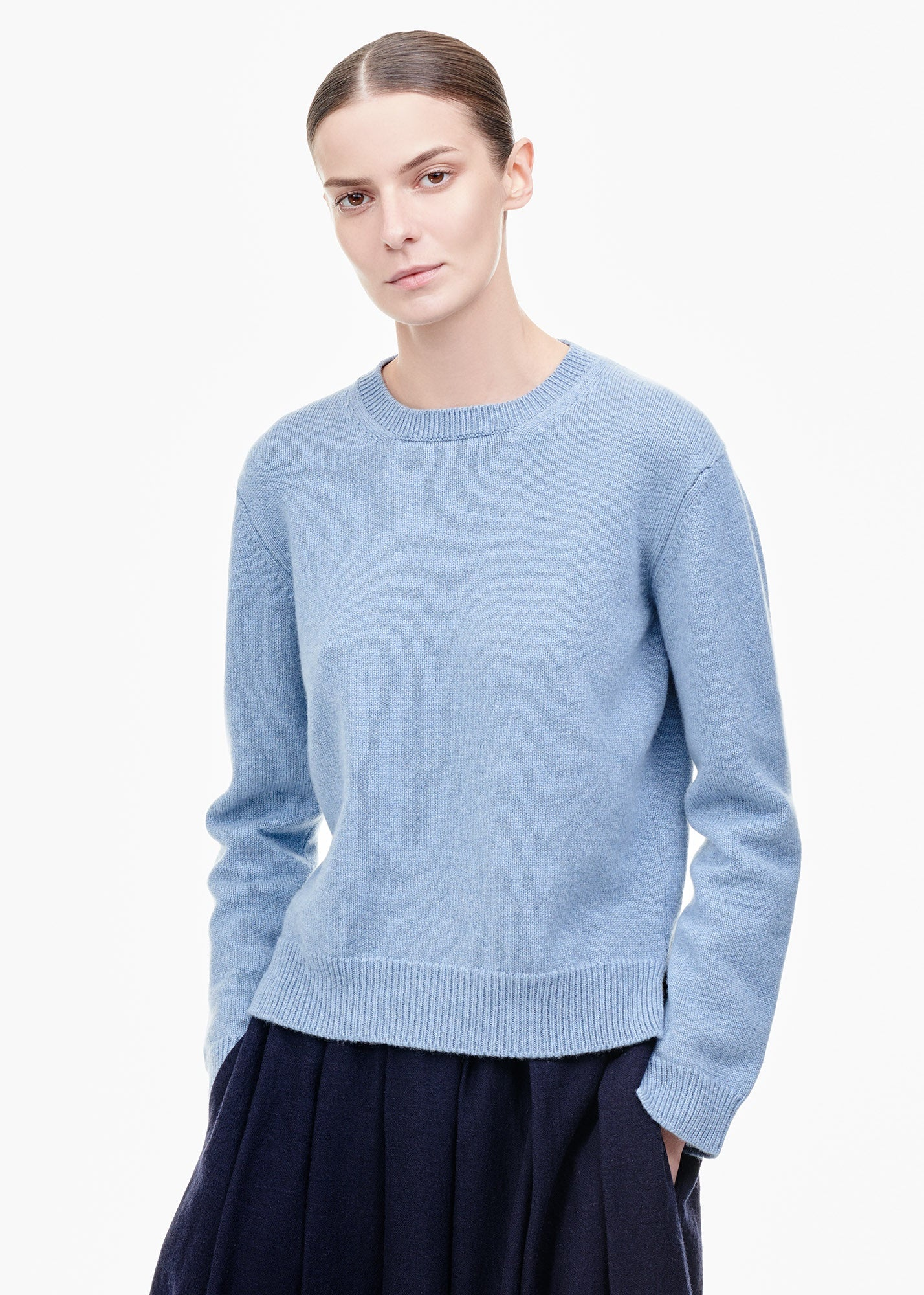 Round Neck Cashmere Sweater Pale Denim