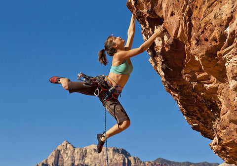 rock climbing on X-Wear.com