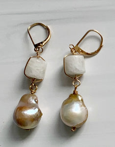 Champagne Pearl & Moonstone Earring