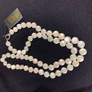 "36"" High luster Coin Pearl"