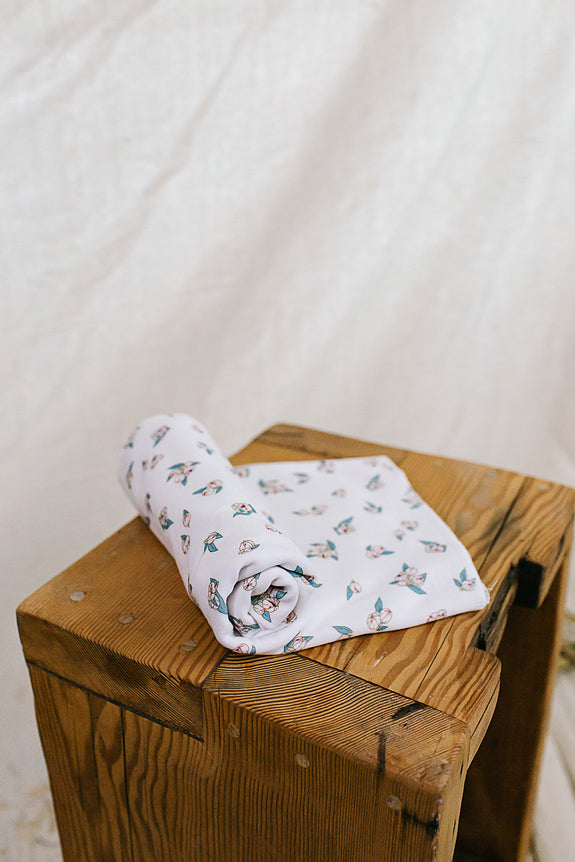 Jersey Swaddle Snowberry