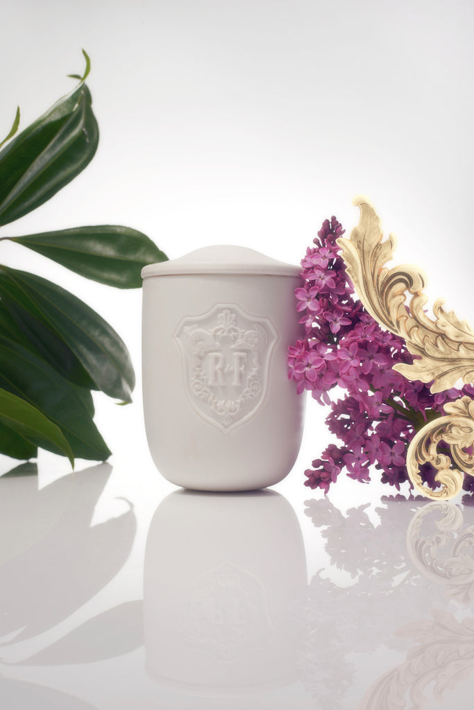Acanthus Candle